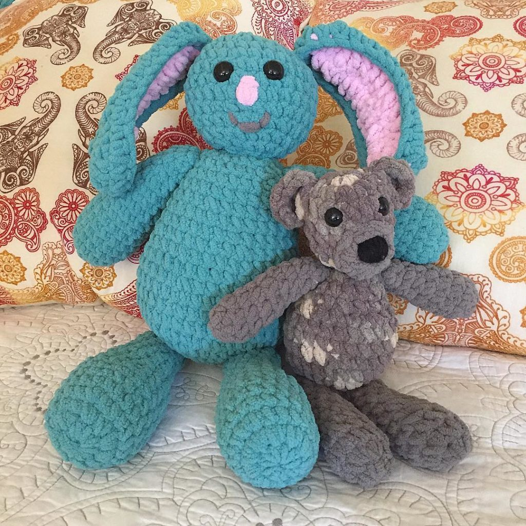 Im crushing on these 2 today Bunny handmade for mauifabricdesignhellip