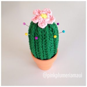 Crocheted Cactus  Make perfect pin cushions. Will be first free pattern for my blog launched early next week... Stay tuned!!  Yarn by @yarnspirations_xo #pinkplumeriamaui #crochet #crochetersoninstagram #craft #design #designer #yarn #yarnspirations #yarnaddict #maui #hawaii #handmade #happy #cactus #fun #smile #decor #flowers #aloha #makingmagic #makersgoingtomake #mompenuer #WAHM #freepattern