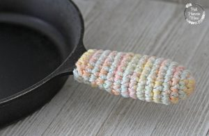 Crocheted Cast Iron Handle Cover
