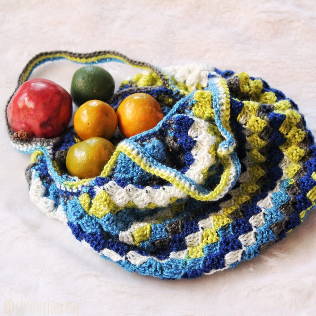 Corner to Corner Market Bag with Fruit